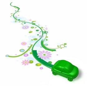 Grünes Autos fährt im Schritt des Bioenergie-Traums