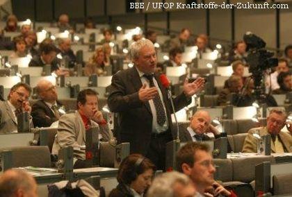 Diskussion beim Biokraftstoff-Kongress vom Bundesverband Bioenergie