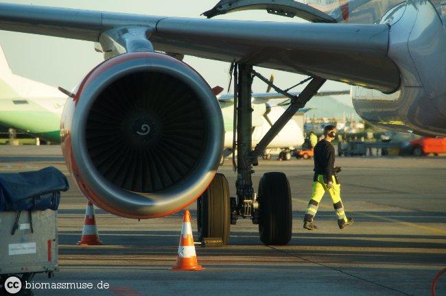 Foto: Flugzeug Turbine Biokraftstoff