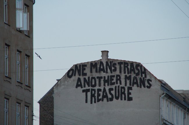 Street Art Copenhagen: One Mans Trash another mans treasure