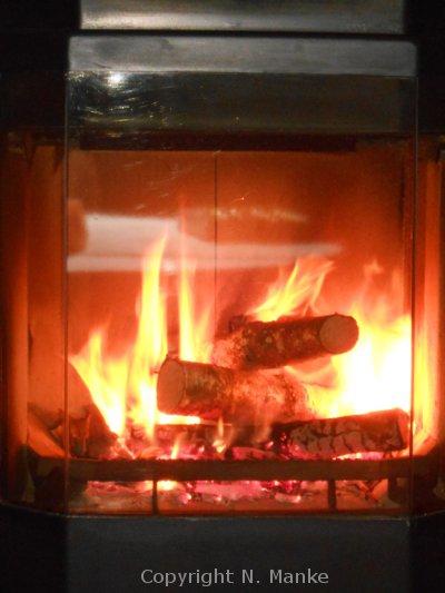 Foto Verbrennung Scheitholz Kamin
